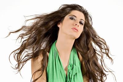 10 Tips Perawatan Rambut Agar Sehat Berkilau
