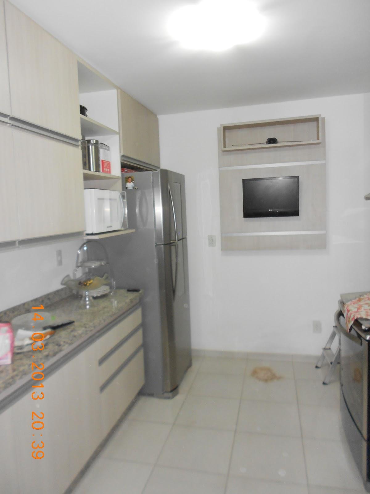 Adesivo De Herpes Labial ~ Amil International Moveis Mini painel para tv na cozinha