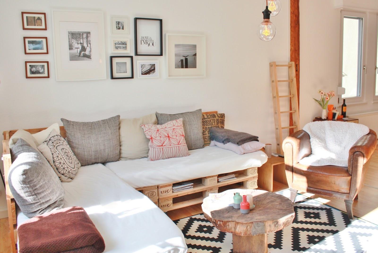 fair fashion interior design einmal palettencouch bitte. Black Bedroom Furniture Sets. Home Design Ideas
