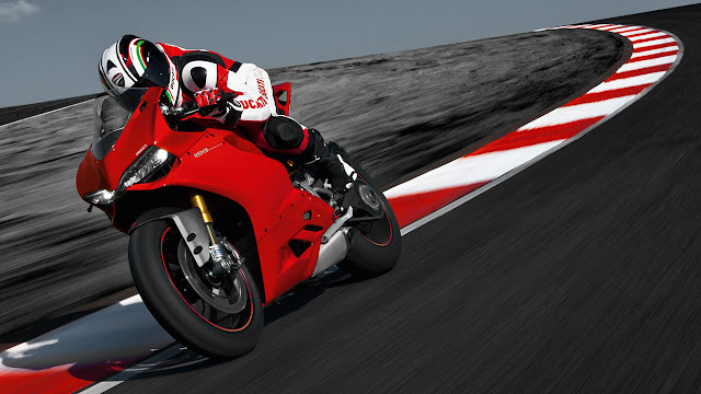 Ducati 1199 Panigale Red Dot Award