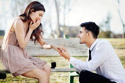 Cara Romantis Melamar Kekasih