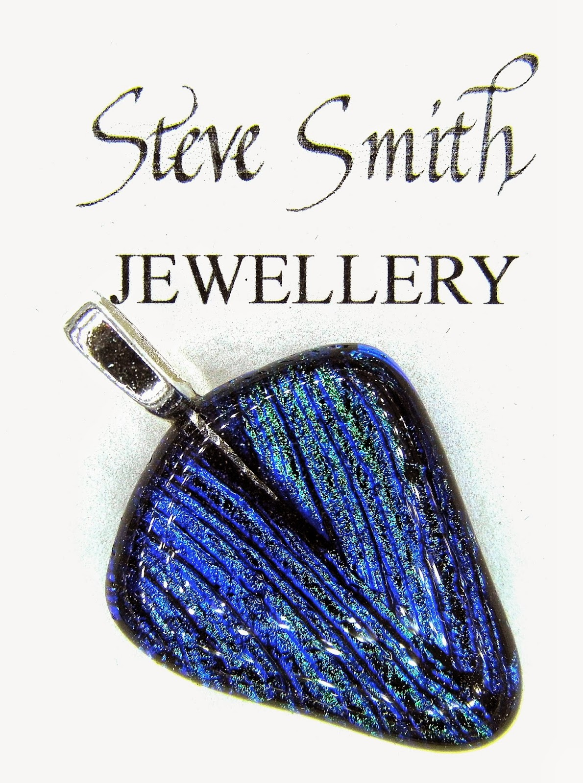 Dichroic glass jewellery pendant