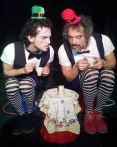 """""""Mr Fli & Mr Flo"""" en La Escalera de Jacob"""