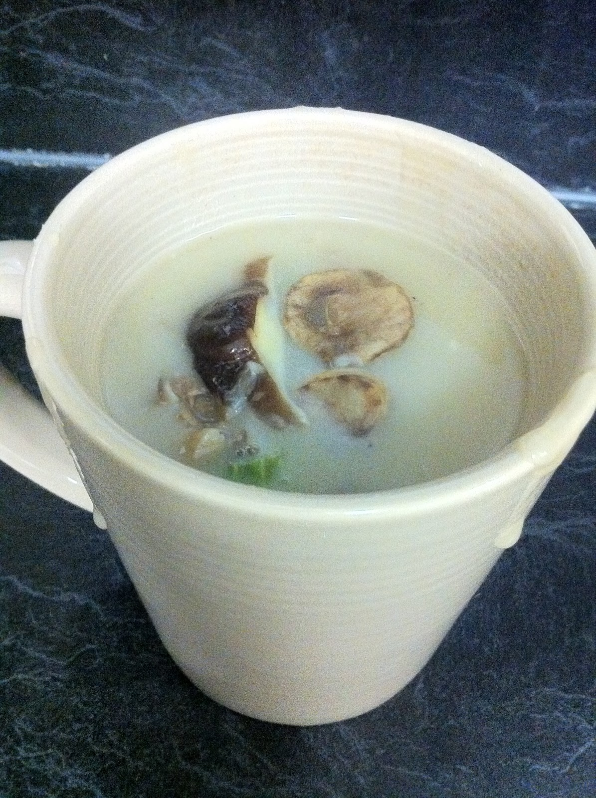 Skinny Healthy Lifestyle: Low fat cream of mushroom soup
