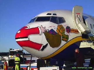 Avion con dibujo de Papá Noel