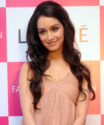 Shraddha Kapoor Long Curly Half Updo Hairstyle