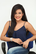 Mishti Chakraborthy latest dazzling pics-thumbnail-16