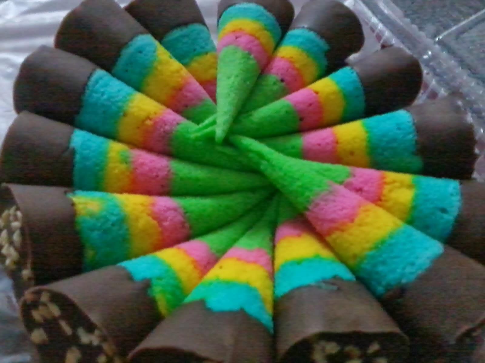Apam Polkadot JampS Bakery Apam Mini Ais Kim Cornetto