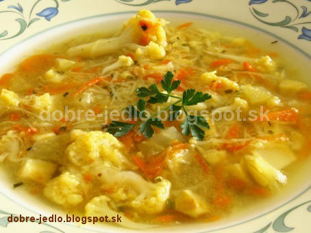 Polievka so zemiakovými rezancami - recepty