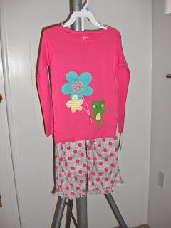 http://bargaincart.ecrater.com/p/22512062/carters-size-5t-frog-flowers
