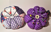 http://schimalto-handmade.blogspot.de/2015/05/tutorial-pin-cushion.html
