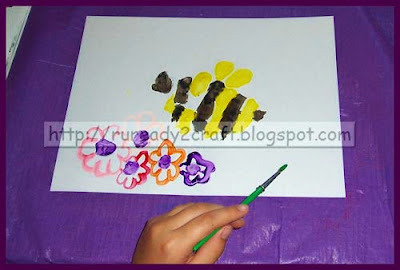 Handprint Bee craft for kids