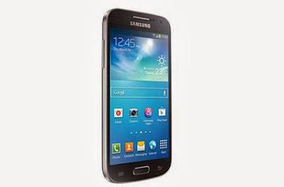 Os riscos nas telas incomodam muitos donos de celulares - 560x369