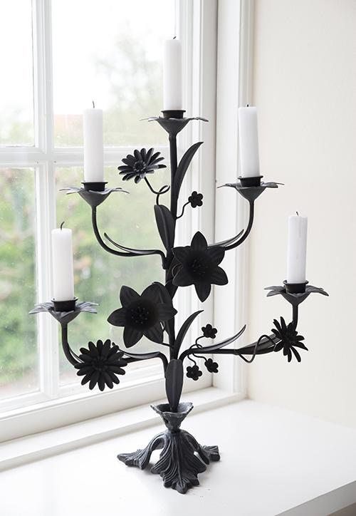 http://www.shabby-style.de/kerzenstander-bloom