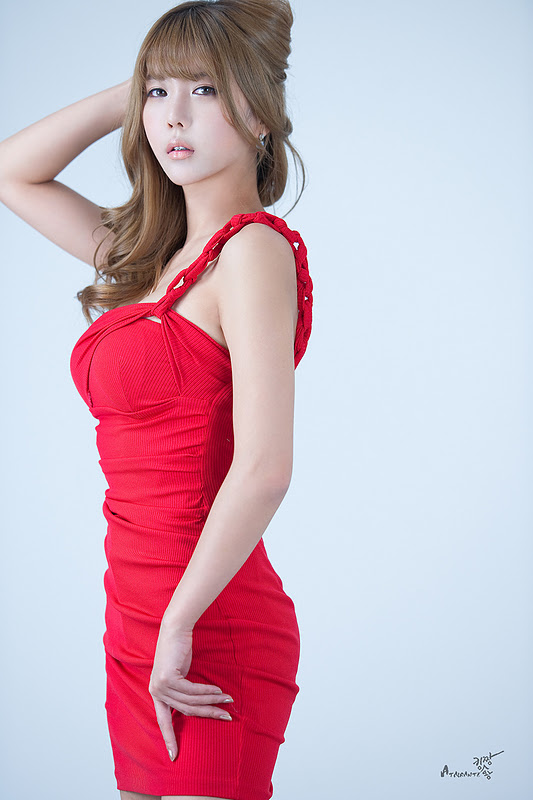 Heo Yoon Mi - Red Mini Dress