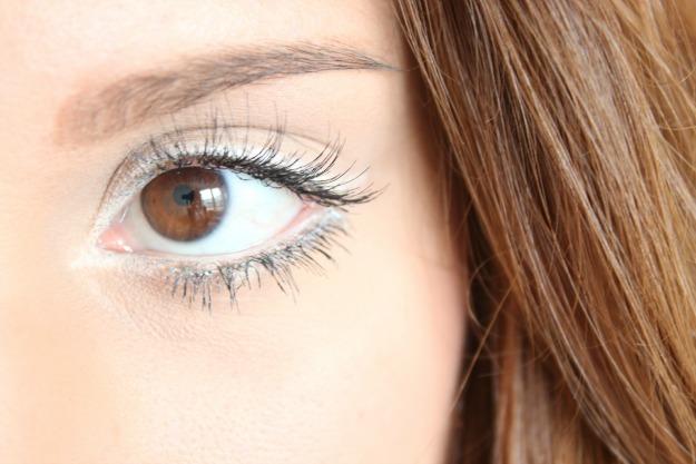 White-eyeliner-makeup