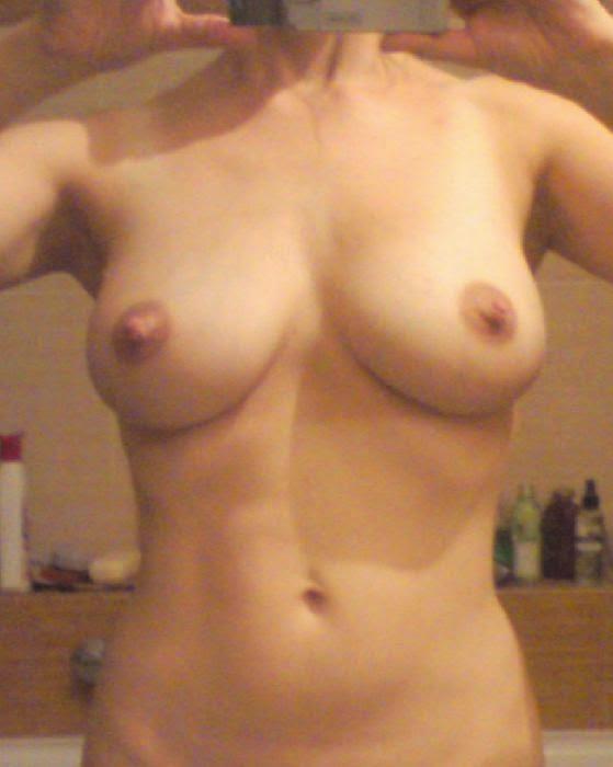 nahí holky velke bradavky