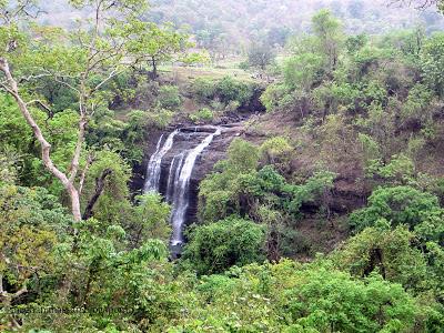 Vihigaon Falls