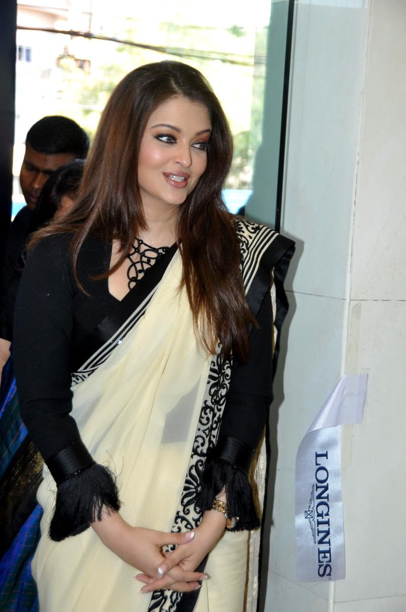 Aishwarya rai at longines launch