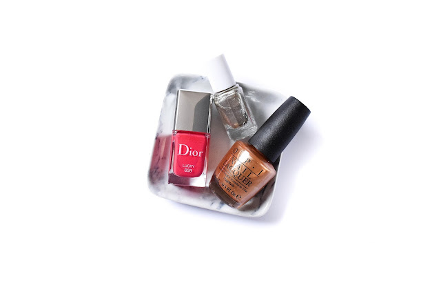 christmas nail colours, christmas nail polishes