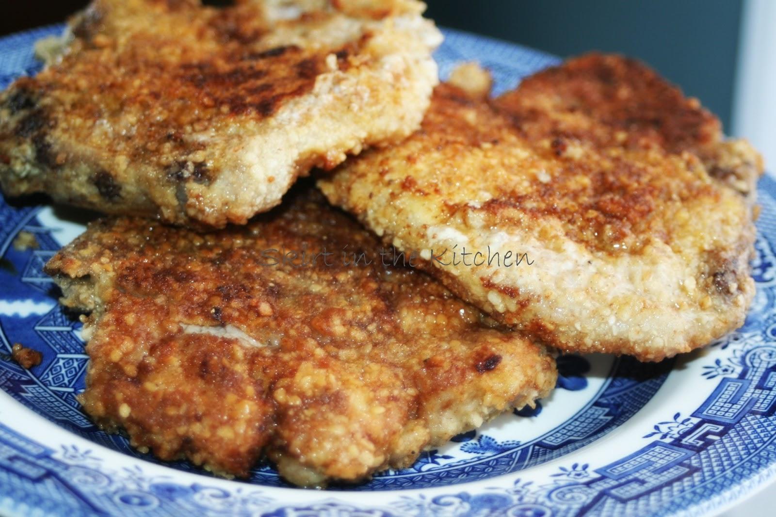 Skirt in the Kitchen: Matzo Breaded Pork Chops in Mushroom-Infused ...