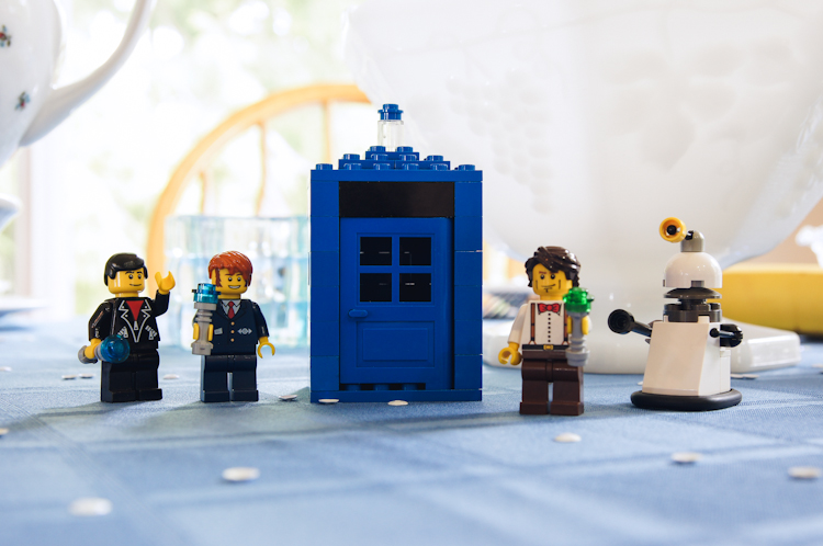 Lego Doctor Who :: Doctor Who Tea Party :: Ribbons Down My Back