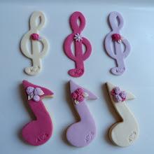 biscotti segnaposto note musicali e chiave di violino