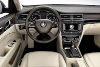 Skoda Superb Hatchback (2014) Dashboard