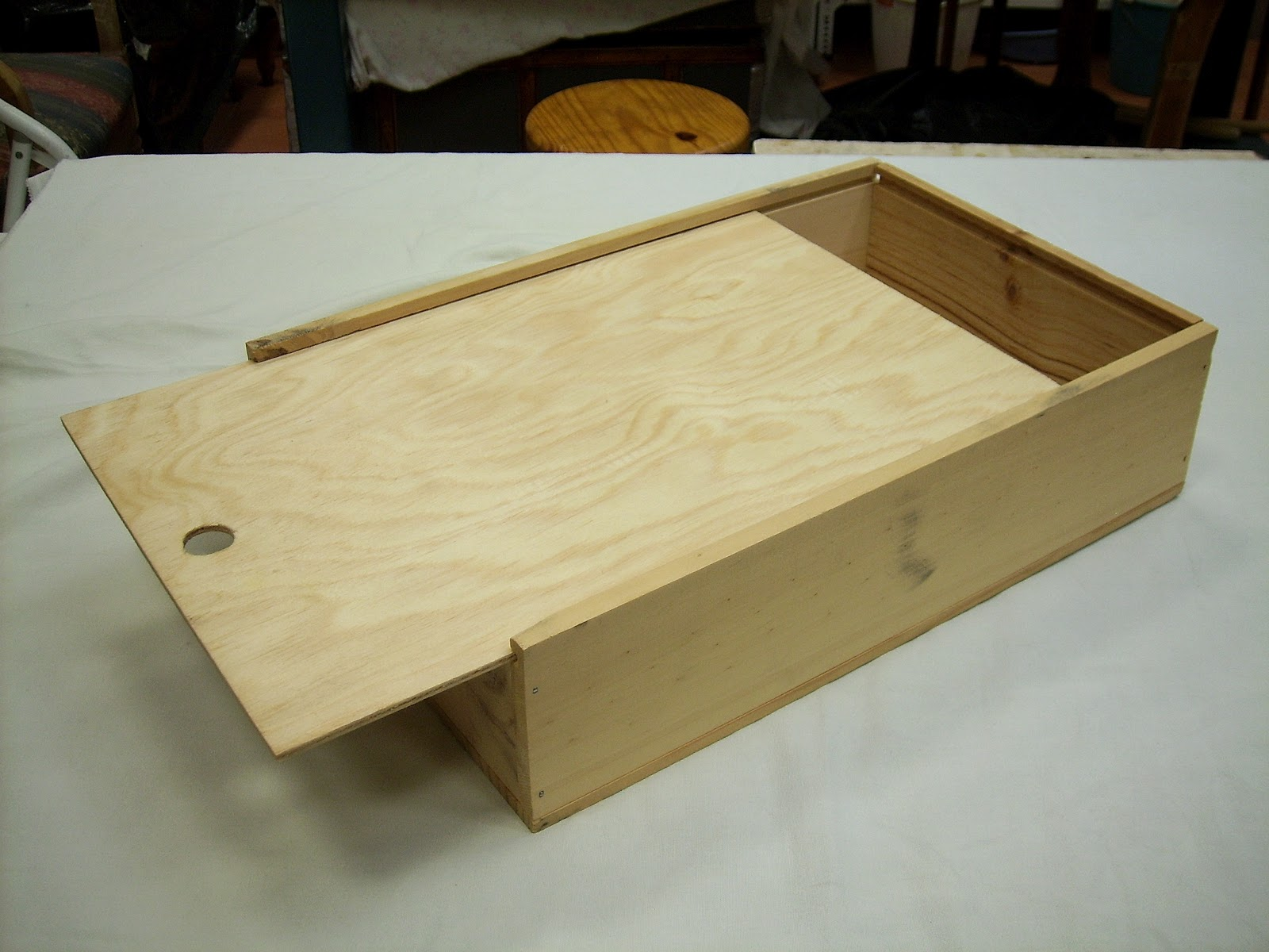 Como hacer una caja de madera facilisimocom como hacer - Hacer caja de madera ...