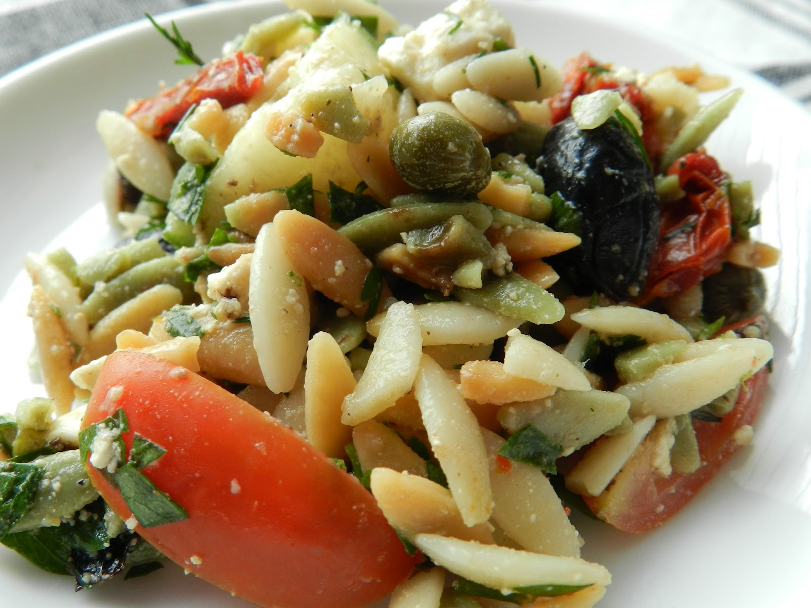 Mediterranean Raw Squash Pasta Salad Recipes — Dishmaps