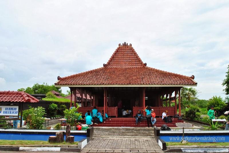 Puri Maerokoco Semarang Taman Mini Jawa Tengah