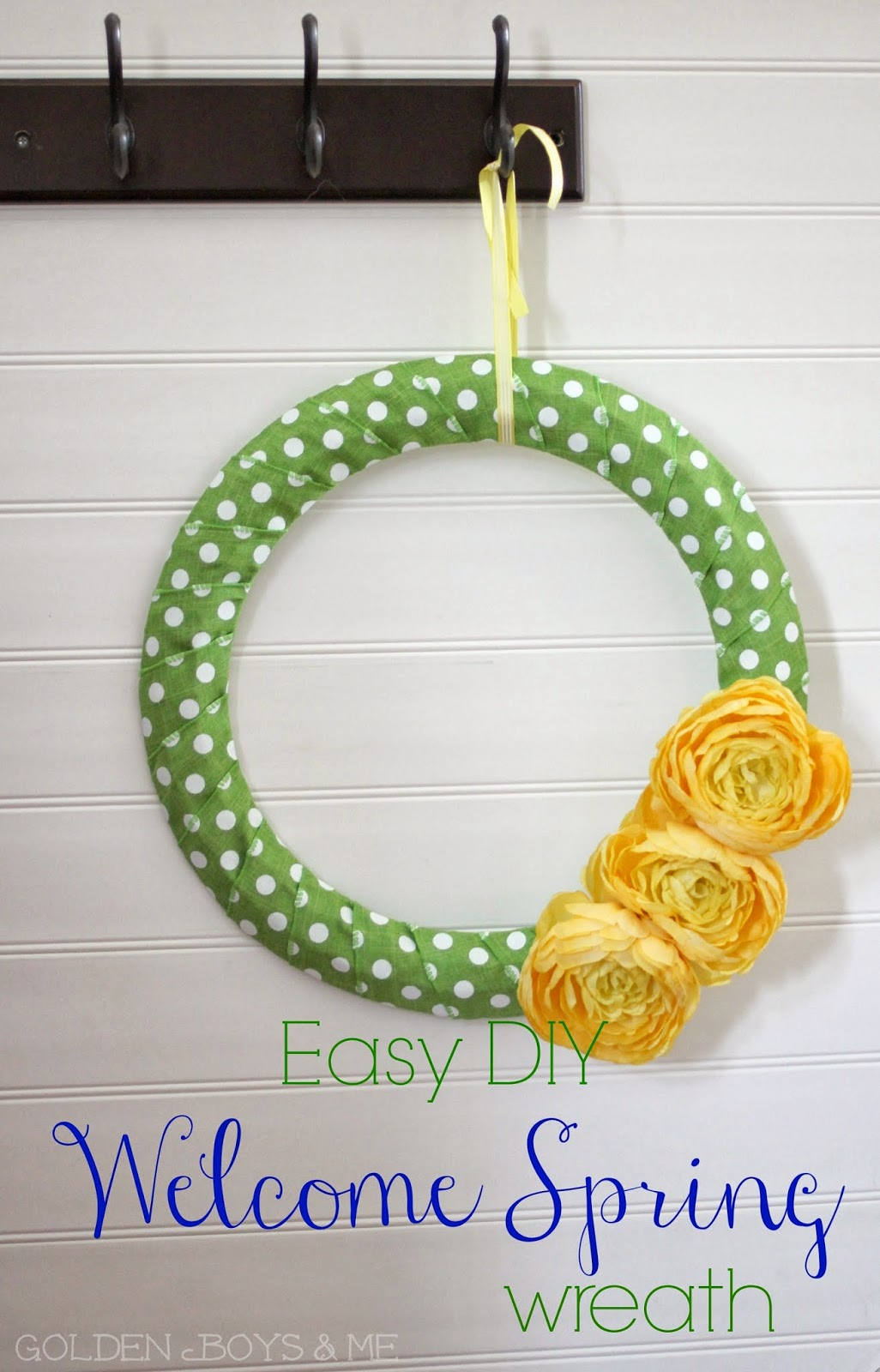 easy DIY spring wreath made with ribbon-www.goldenboysandme.com