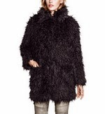 http://www.stylemoi.nu/fuzzy-faux-fur-coat-with-slit-pockets.html