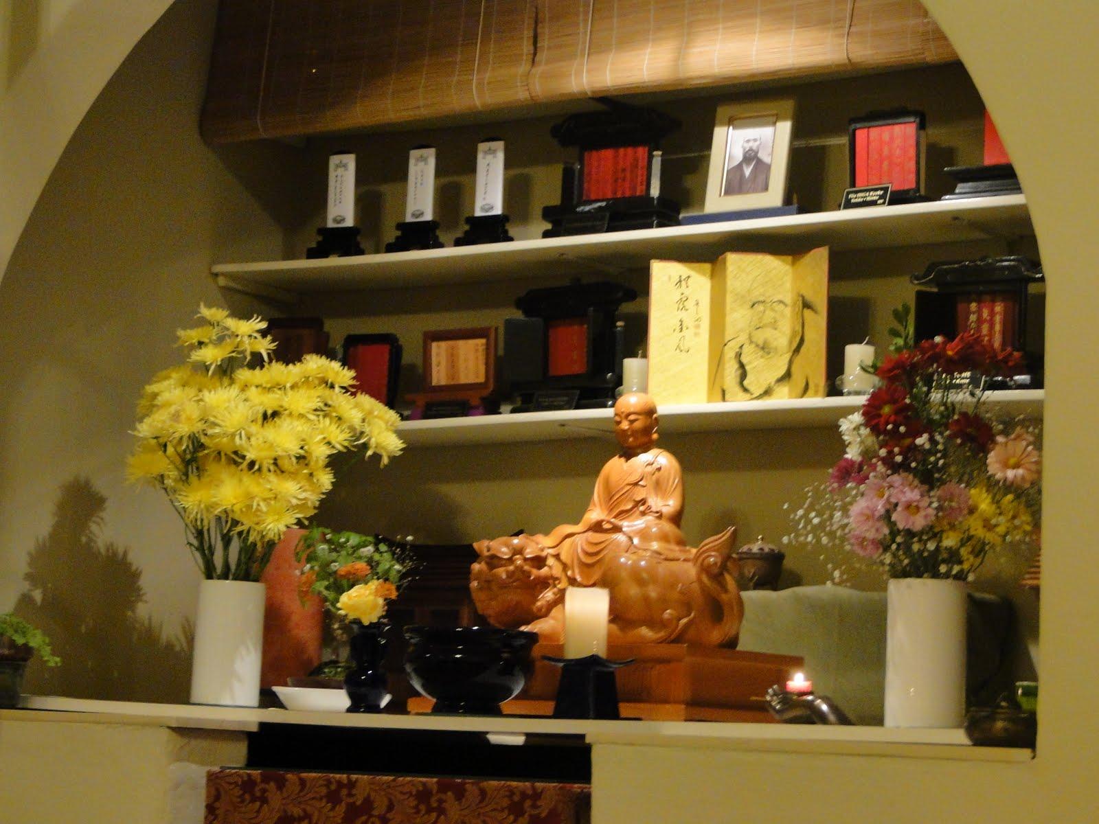 Vivianayoga como hacer un altar budista en casa - Como practicar la meditacion en casa ...