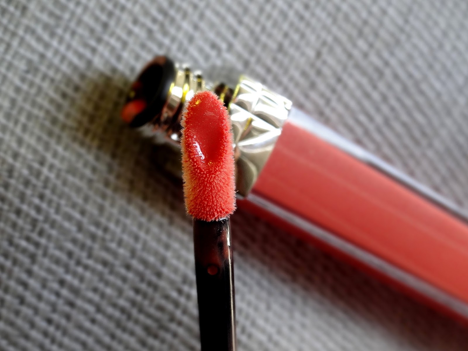 Dior Rouge Brilliant in Victoire 808 Review, Photos, Swatches