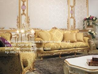 sofa klasik jepara jual mebel jepara Mebel furniture klasik jepara jual set sofa tamu ukir sofa tamu jati sofa tamu antik sofa jepara sofa tamu duco jepara furniture jati klasik jepara SFTM-33046