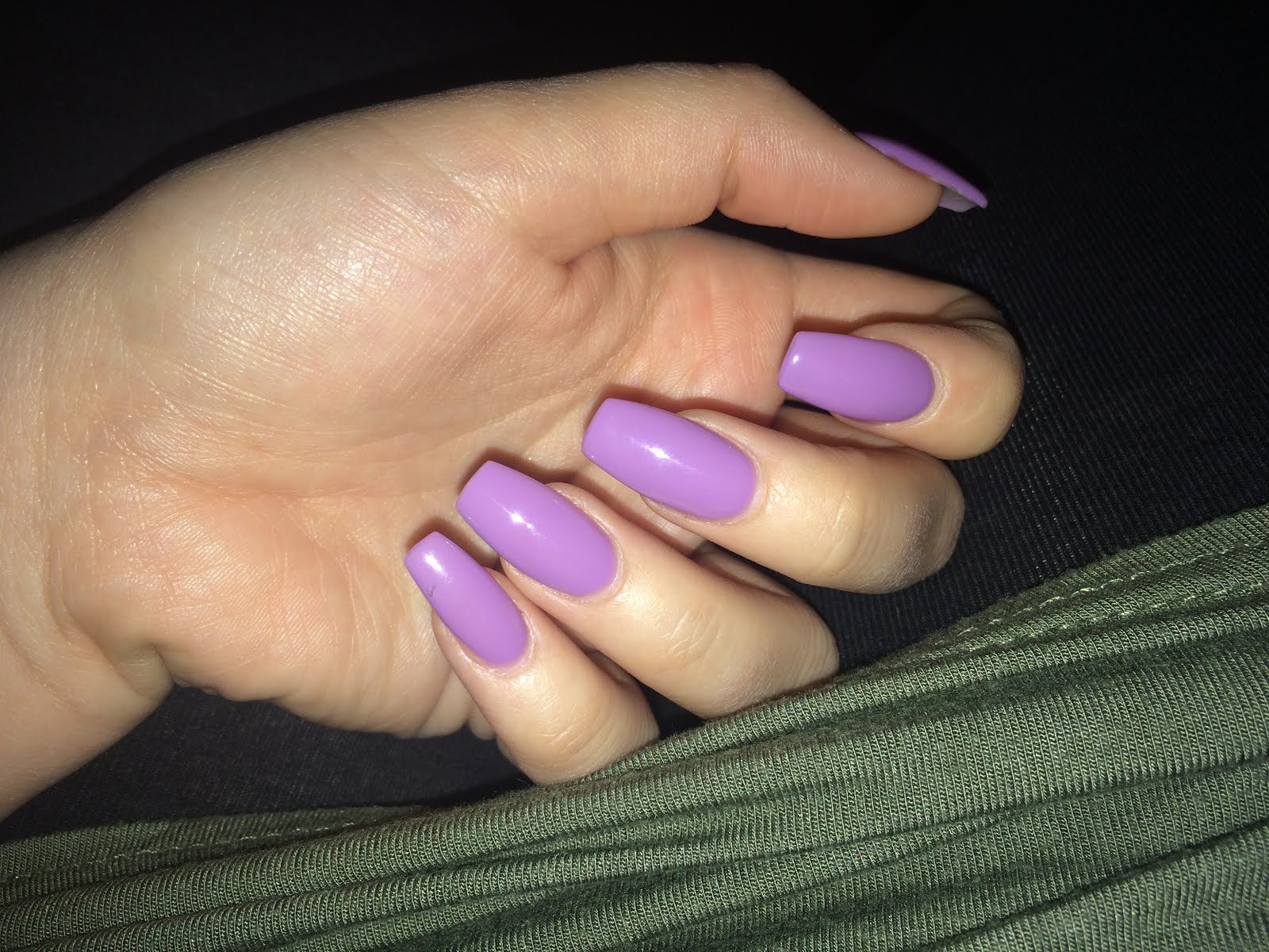 Lovely lavender nails - Fickle & Fake