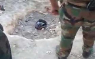 شبيحة الأسد تدفن شاباً حياً وتأمره بأن يقول «لا إله إلا بشار»