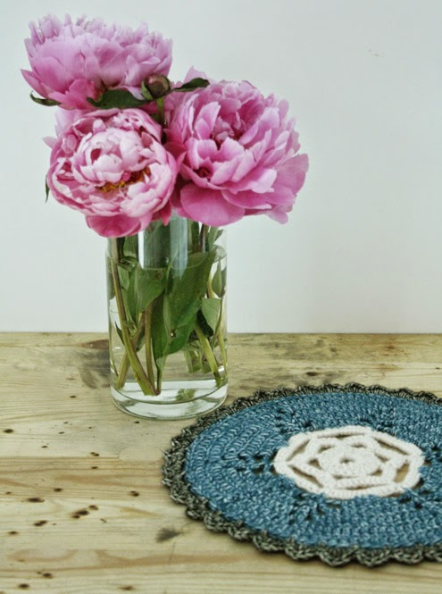 Doily Mollie Makes crochet