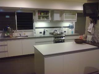 Muebles a medida tandil amoblamiento cocina y lavadero for Amoblamientos de cocina a medida precios