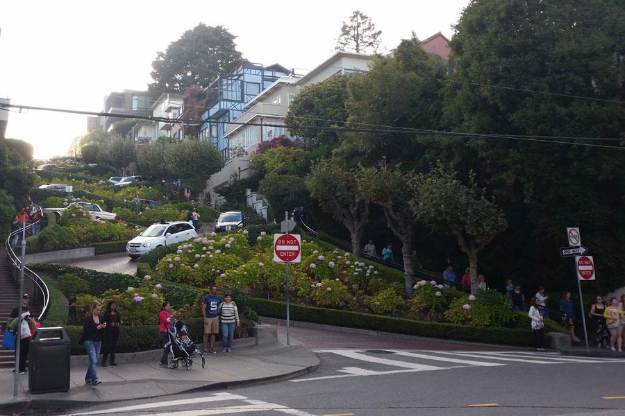 San Francisco, crookedest street