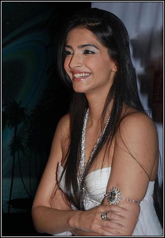 Stylish Sonam Kapoor Bikini in white colour
