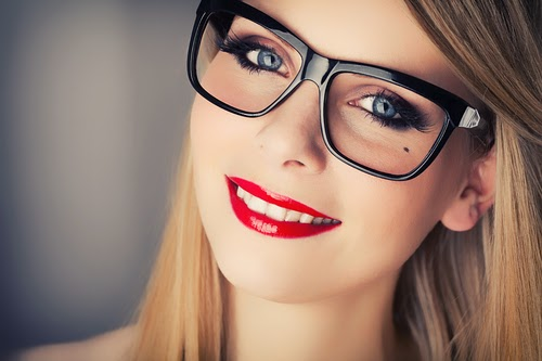 Beauty Tips For Girls Who Wear large Glasses