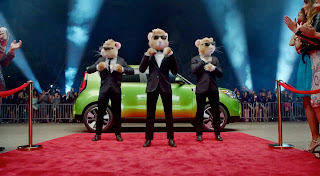 """2014 Kia Soul Hamster Commercial (Lady Gaga """"Applause"""" Official Song)"""