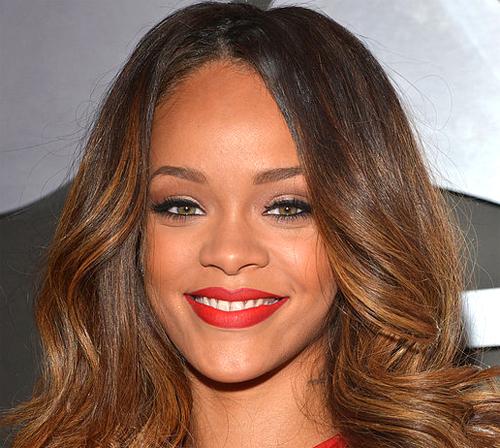 Rihanna vestido grammy