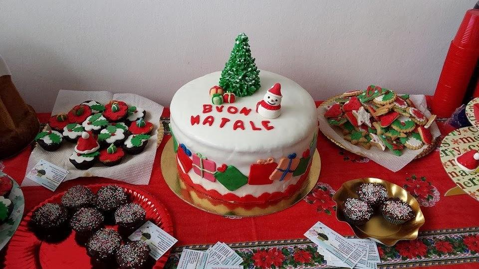 Setteveli 39 s blog torta di natale decorata con pasta di - Decorazioni natalizie per dolci ...