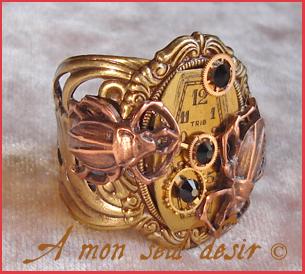 bague steampunk bronze cadran de montre mécanique insecte scarabée cuivre rouages horlogerie bijou steampunk ring wach face dial gears cooper insects scarabs