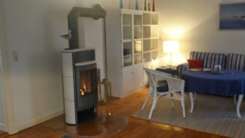 ferienwohnung auf usedom am see jetzt mit kaminofen auch im herbst und winter usedom genie en. Black Bedroom Furniture Sets. Home Design Ideas