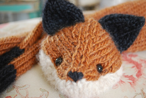 Knitting Pattern Fox Scarf : Knitting With Sandra Singh: October 2011