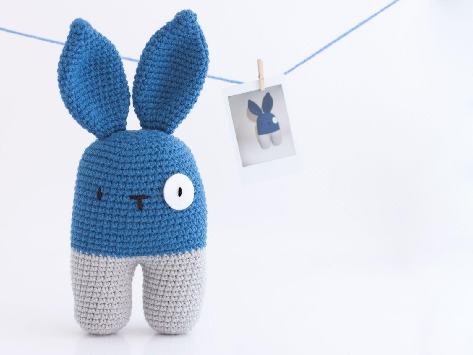 Mis PequiCosas: El Conejo Bípedo